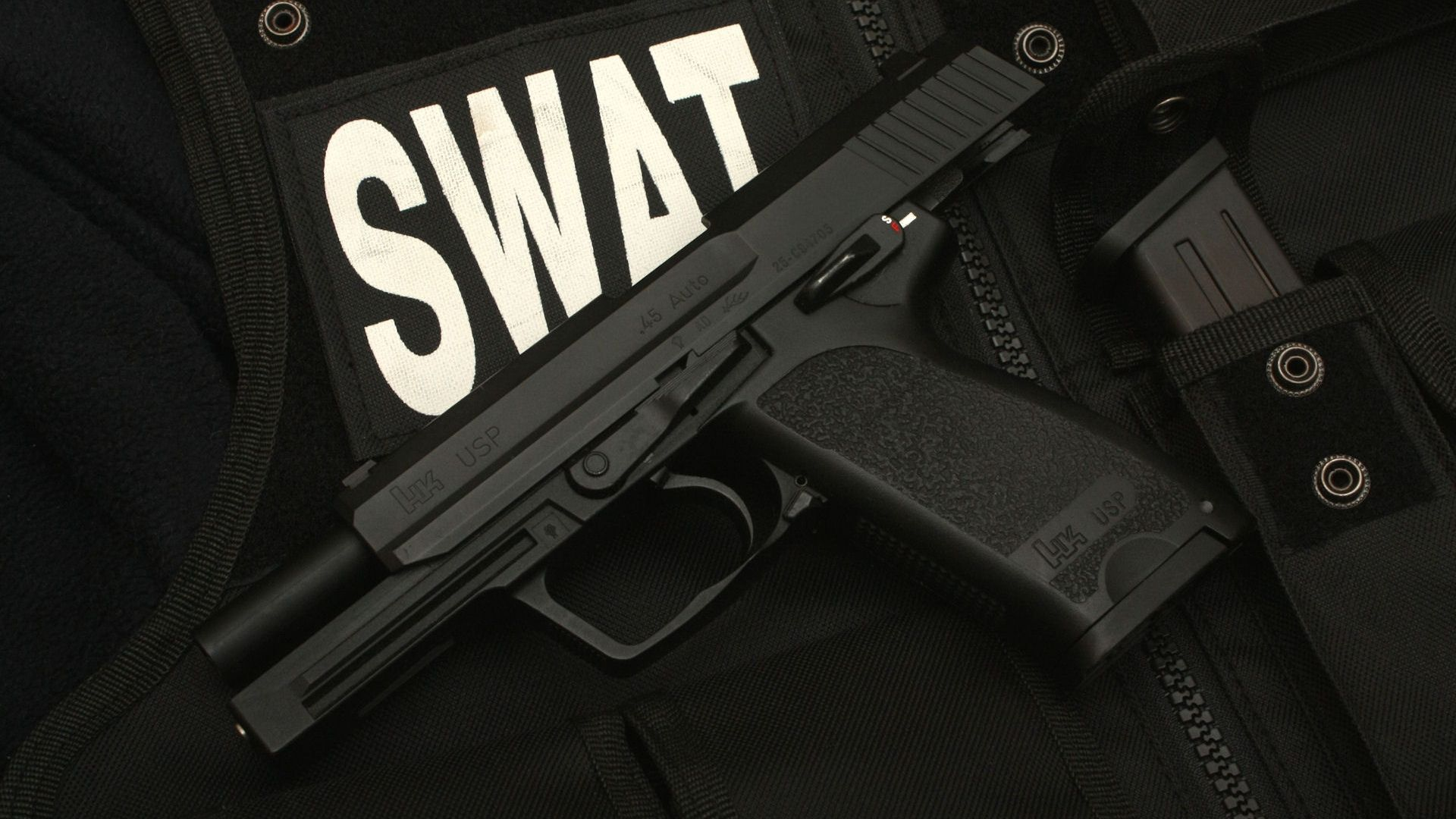 6828176-swat-wallpaper.jpg